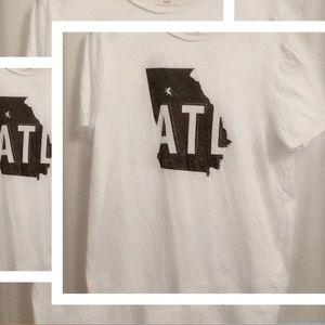 💛2/$15 Express | ATL | Atlanta | Graphic tee | M